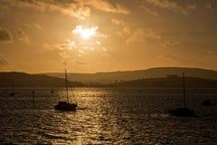 Puesta del sol sobre el puerto deportivo de Exmouth Foto de archivo