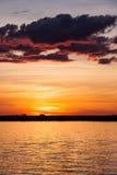 Puesta del sol sobre el río de Chobe, Botswana imagen de archivo libre de regalías