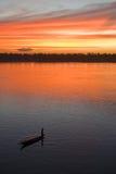 Puesta del sol sobre el río de Mekong Fotos de archivo