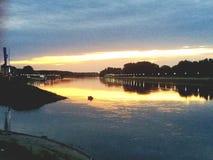 Puesta del sol sobre el río Drava Foto de archivo