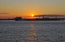 Puesta del sol sobre el río Hudson de New York City Foto de archivo