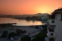 Puesta del sol sobre Estepona España Foto de archivo