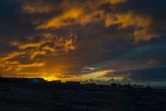 Puesta del sol sobre Fuerteventura imagen de archivo