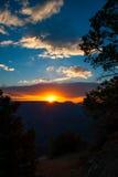 Puesta del sol sobre Grand Canyon foto de archivo libre de regalías