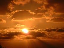 Puesta del sol sobre Israel meridional Fotos de archivo libres de regalías