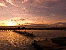 Puesta del sol sobre la charca del camarón fotografía de archivo libre de regalías