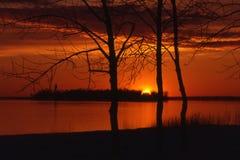 Puesta del sol sobre la isla del dixie imagen de archivo libre de regalías