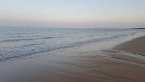 Puesta del sol sobre la playa suffolk Imágenes de archivo libres de regalías