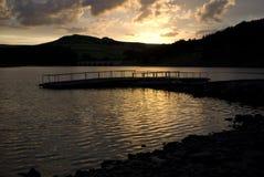 Puesta del sol sobre las colinas Imagen de archivo