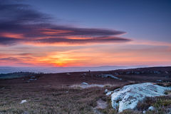 Puesta del sol sobre las colinas de Cheviot foto de archivo