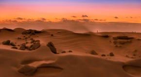 Puesta del sol sobre las dunas de Maspalomas Isla de Gran Canaria Foto de archivo libre de regalías