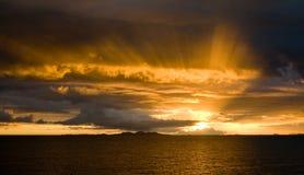 Puesta del sol sobre Malolo Foto de archivo