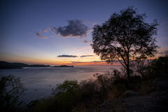 Puesta del sol sobre Manila, Filipinas Fotografía de archivo