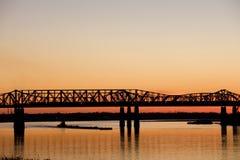 Puesta del sol sobre Mississippi Foto de archivo libre de regalías