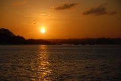 Puesta del sol sobre Mombasa Foto de archivo libre de regalías