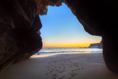 Puesta del sol sobre Océano Atlántico en la isla de Gran Canaria Imágenes de archivo libres de regalías