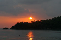 Puesta del sol sobre Oludeniz Fotografía de archivo
