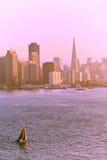 Puesta del sol sobre San Francisco Foto de archivo libre de regalías