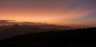 Puesta del sol sobre Shira Cathedral y la meseta, Kilimanjaro Imagen de archivo