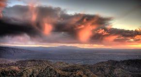 Puesta del sol sobre Tucson Fotografía de archivo libre de regalías