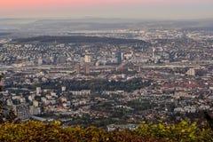 Puesta del sol sobre Zurich, Suiza Imagen de archivo
