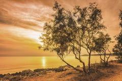 Puesta del sol soleada en Mallorca fotografía de archivo
