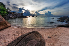 Puesta del sol tropical melancólica. imagenes de archivo