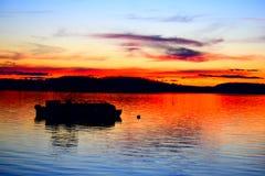 Puesta del sol vibrante Foto de archivo libre de regalías