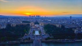 Puesta del sol - visión desde arriba de la torre Eiffel Fotografía de archivo