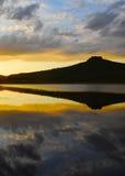 Puesta del sol y cielo nublado Imagen de archivo libre de regalías