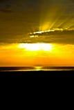 Puesta del sol y el cielo Fotos de archivo libres de regalías