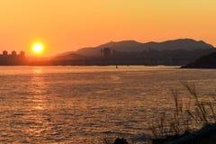 Puesta del sol y las colinas Fotos de archivo