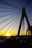 Puesta del sol y puente del anzac Fotos de archivo libres de regalías