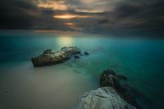 Puesta del sol y salida del sol hermosas de la isla del mentawai Fotografía de archivo