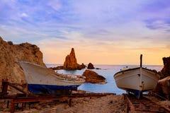 Puestas del sol de Sirenas de los las de Almeria Cabo de Gata en España Foto de archivo libre de regalías