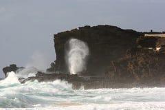 Puesto de observación de la sopladura de Halona en la playa de Sandy Fotografía de archivo