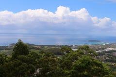 Puesto de observación Forest Sky Pier de Sealy en Coffs Harbour Foto de archivo libre de regalías