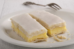 Puff pastry cake with vanilla filling Royalty Free Stock Photography