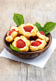 Puff pastry cookies filled with fresh strawberries Royalty Free Stock Images
