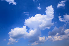Puffy clouds. Puffy cloud in the blue sky Stock Photos