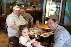 Pugilista Dmitriy Salita com sua filha Mila Leah fotos de stock royalty free