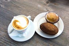 Puglia pasticciotto Arkivbilder