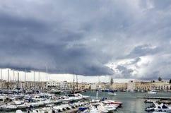 Puglia, Trani, Haven stock foto's