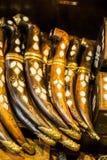 Pugnali di stile dell'ottomano con gli intarsi madreperlacei immagini stock libere da diritti