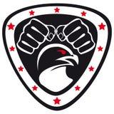 Pugni di arti marziali di simbolo, falco, aquila. Immagini Stock Libere da Diritti