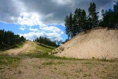 Puhtolova berg i sommaren Arkivfoto