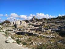 Puin antico di citi dei cloubs del cielo del mare del sole di estate di Criema chersonese Fotografia Stock