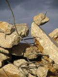 Puin en rebar stock afbeelding