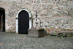 puits d'antiquité photo stock