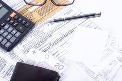 Puits de déclaration d'impôts Images stock